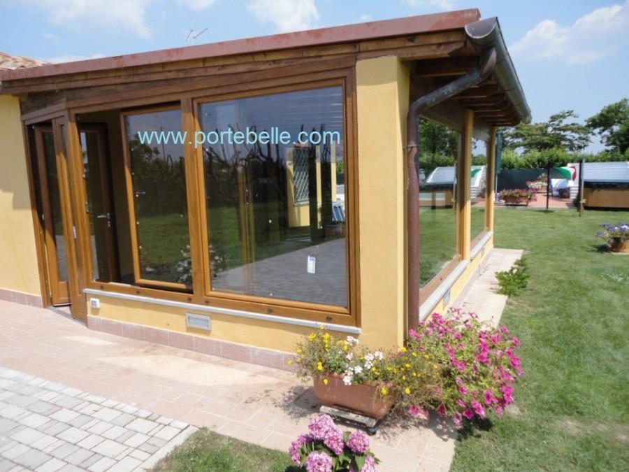 Pvc effetto legno with verande in legno chiuse - Verande su terrazzi ...